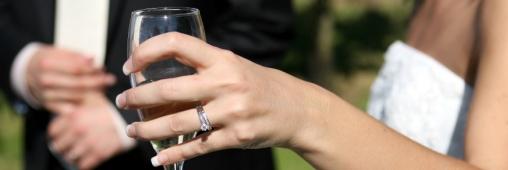 Mariage: une robe respectueuse de l'environnement