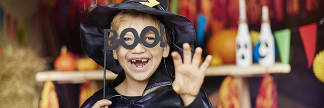 Déguisements malins et faux sang pour Halloween