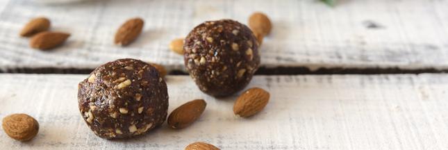 Boules énergétiques cacao-spiruline, pour sportifs et personnes actives