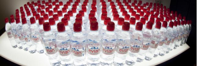 100% de plastique recyclé pour les bouteilles d'Evian en 2025