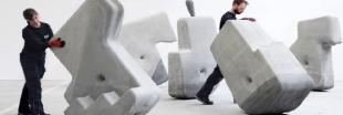 Des blocs de béton d'une tonne qui se déplacent à la main