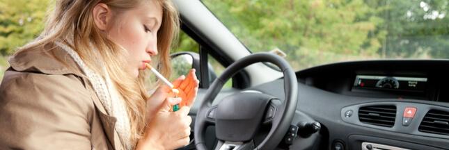 Incendies: faut-il rendre les cendriers obligatoires dans les voitures?