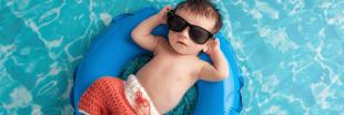 Comment pratiquer le bain libre avec son bébé?