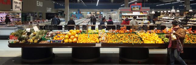 Confinement: les supermarchés passent aux fruits et légumes 100% français
