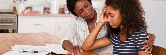 Ado vs parents – Aidez votre ado à passer ses années collège sereinement