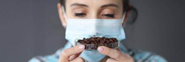 Covid-19: quelles solutions pour ceux qui ont perdu l'odorat?