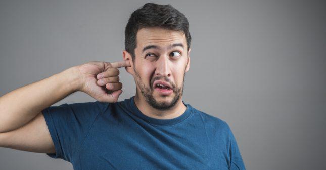 Comment bien se nettoyer les oreilles?