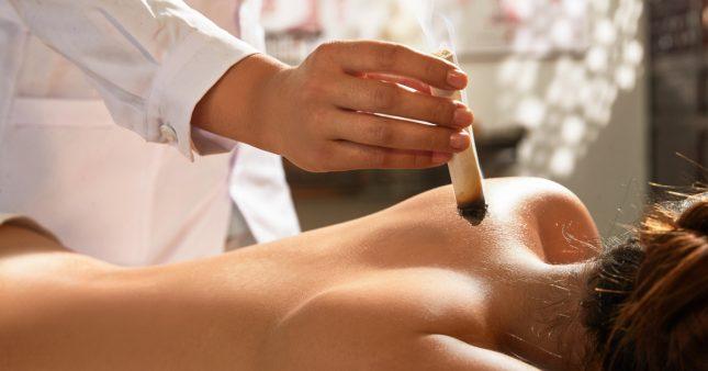 Moxibustion: une alternative 'hot' à l'acupuncture