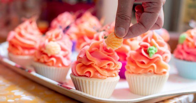 Bougies, cosmétiques, magnets: alerte sur les produits ressemblant à des denrées alimentaires