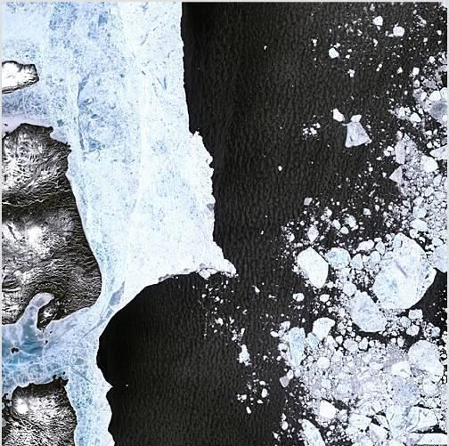 Erosion de la banquise arctique vue du ciel