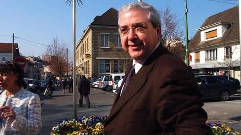 président de la région île-de-France, Jean-Paul Huchon