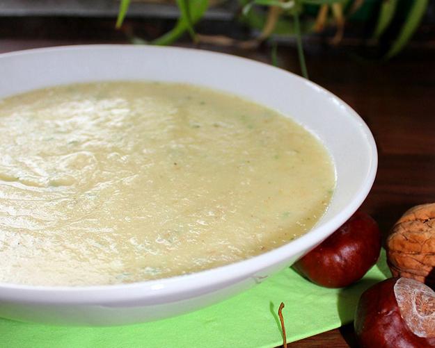 recette crème de chou-fleur, noisettes, velouté onctueux