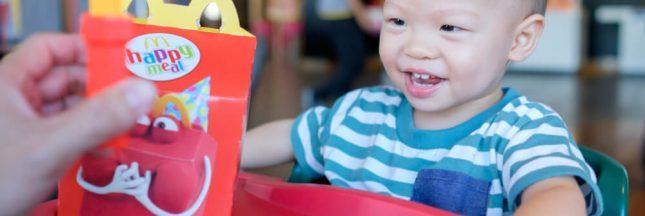 McDonald's va retirer le cheeseburger de son Happy Meal