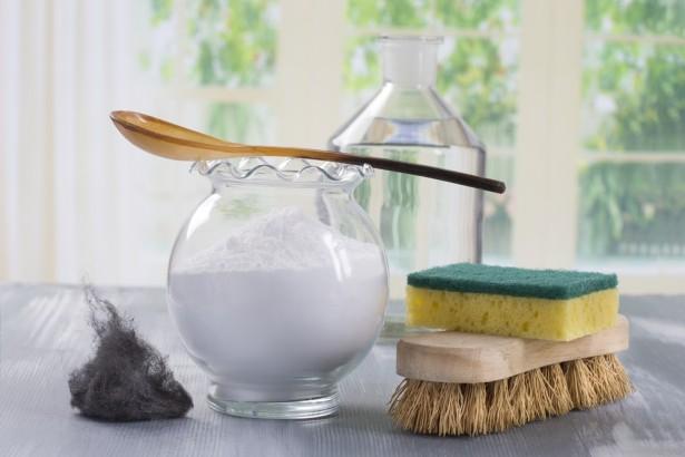 fabriquer un nettoyant multi usages naturel. Black Bedroom Furniture Sets. Home Design Ideas