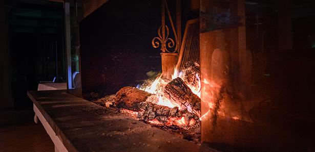 cendre de bois cheminée