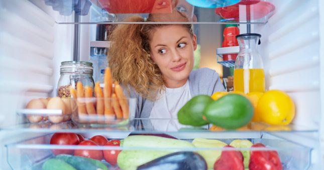 Bien entretenir son frigo pour moins consommer