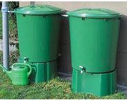 R cup rer l 39 eau de pluie conomique et colo - Recuperer l eau de pluie pour le jardin ...