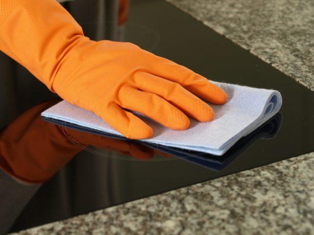 Trucs et astuces nettoyer sa cuisine naturellement page 3 for Nettoyer une plaque vitroceramique