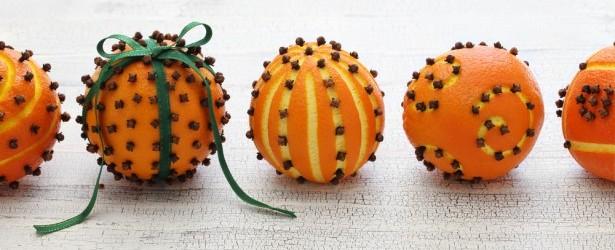 déco de table, fruits, oranges, clous de girofle