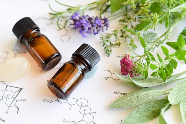 huiles essentielles contre virus, antivirales