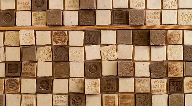 Le savon de marseille recette ancienne aux multiples usages - Reconnaitre vrai savon de marseille ...