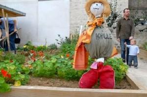 Les enfants sont bienvenus dans le jardin commun
