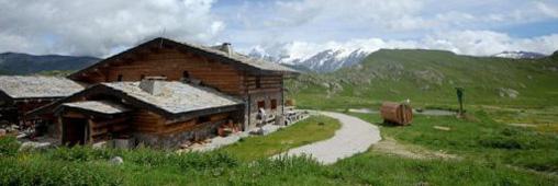 Un refuge alpin qui carbure aux énergies renouvelables