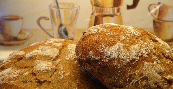 conserver-son-pain-frais-astuce-fabrication-cuisine-machine-recette-01