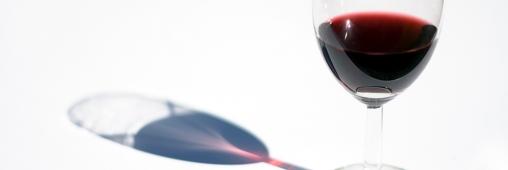 Des allergènes dans le vin français ?
