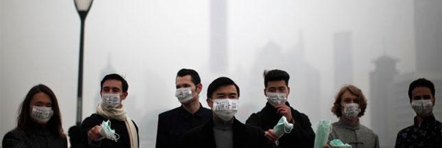 La pollution atmosphérique engloutit Shanghai
