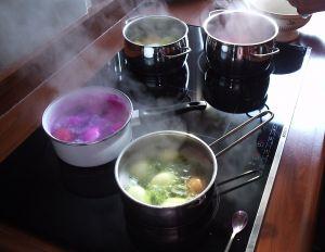 790427_boiling_easter_eggs