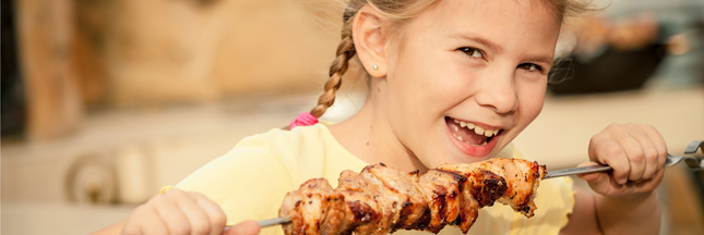Nos enfants mangent-ils trop de protéines ?