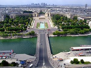 paris-seine-palais-de-chaillot