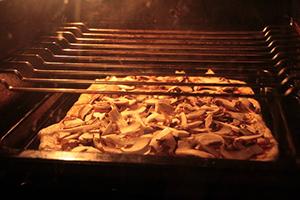 pizza-garniture-plat-italie-cuisine-05