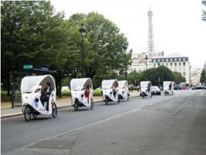 Les vélos-taxis constituent une alternative au transports urbains écologique et pratique, bien qu'un peu chère encore.