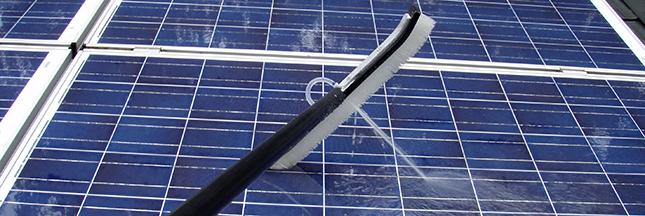id e re ue il est inutile de nettoyer ses panneaux solaires. Black Bedroom Furniture Sets. Home Design Ideas