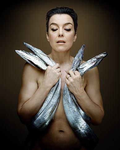 fishlove-Olivia-williams-sabre