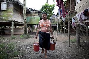 © UNICEF / NYHQ2012-1450 / Marco Dormino