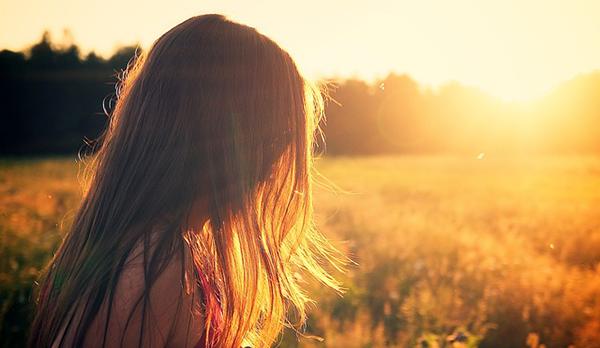 L'exposition au soleil n'apparaît pas être un facteur direct.