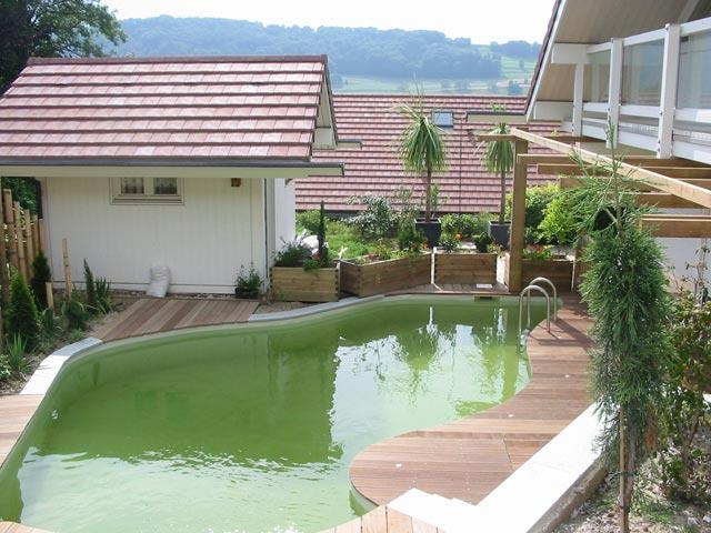 pour se baigner au naturel optez pour la piscine cologique. Black Bedroom Furniture Sets. Home Design Ideas