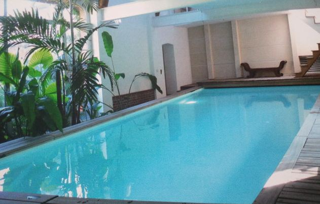 Piscines collaboratives allez nager chez vos voisins - Nager dans une piscine ...