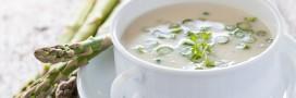 La recette du velouté glacé aux asperges et lait d'amandes