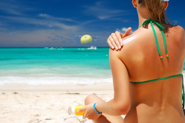 creme-solaire-protection-soleil-vitamine-d-dangers-01