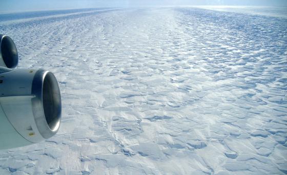 Vue aérienne du glacier Pine Island (© Photo: Angelika Humbert, Alfred-Wegener-Institut)