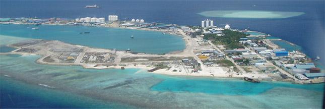Maldives : derrière le paradis bleu, l'enfer de l'île aux déchets
