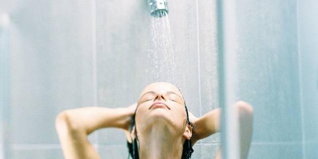 pipi sous la douche, Douche 1