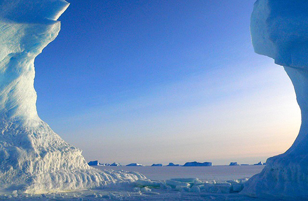 antarctique-glace-icebergs-03
