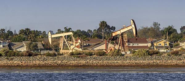 petrole-huile-pipeline-machine-carburant-pompage-01