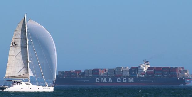 voyager en cargo bateau voyage vacances croisière cabine confort porte-conteneurs voilier