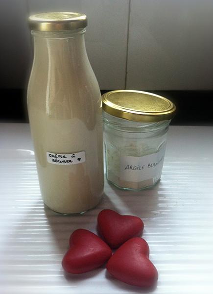 Nettoyage bio maison vinaigre blanc et eau pour un nettoyage parfait entretien menager - Recette bicarbonate de soude vinaigre blanc ...